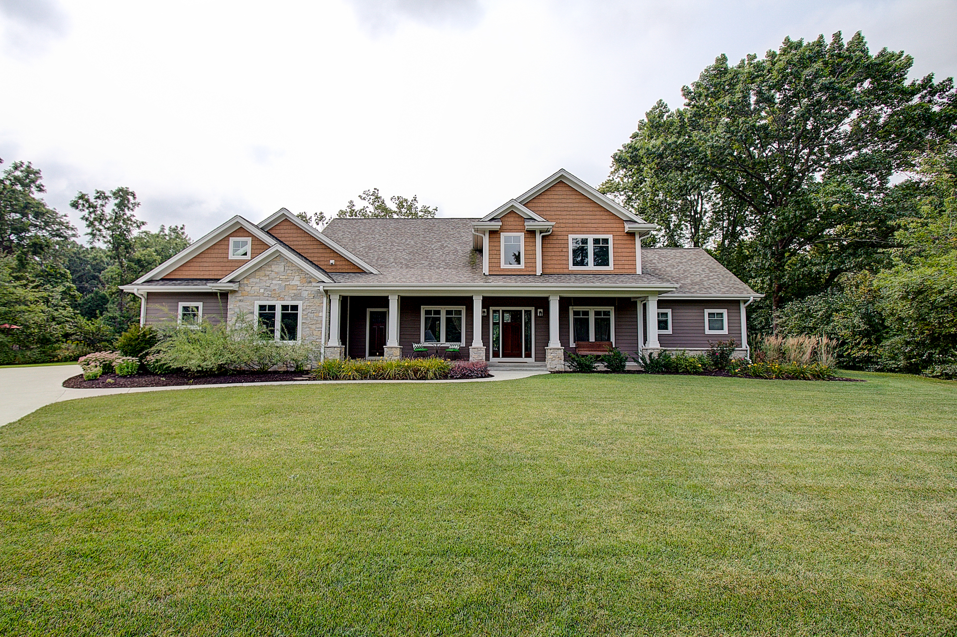 15105 Froedtert Dr Elm Grove WI 53122