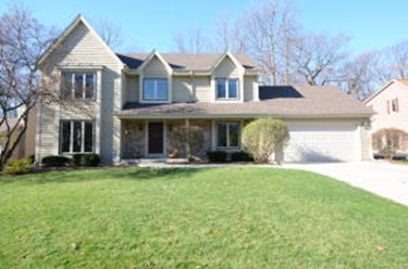 3264 S Acredale Ct New Berlin WI 53151
