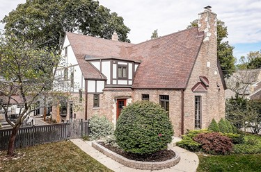 5263 N Berkeley Blvd Whitefish Bay WI 53217