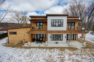 4729 N Friess Lake Dr Richfield WI 53033