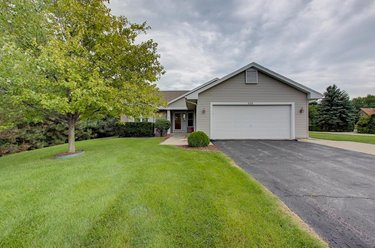 430 Fairway Dr Brookfield WI 53005