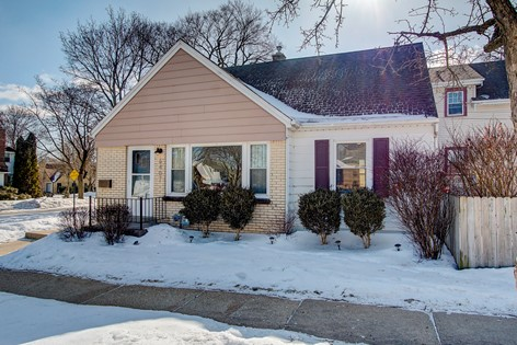 Homes For Sale In Wauwatosa