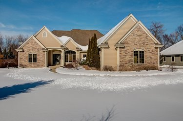 4150 W Squire Ave Greenfield WI 53221